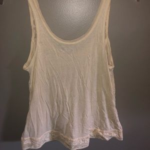 American Eagle Outfitters Tops - Lace tank
